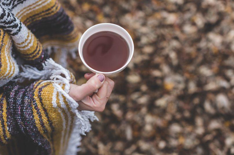 beverage-blur-caffeine-374860.jpg